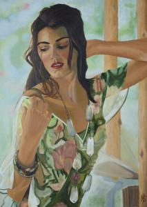 Schilderij van een zomers geklede dame met bruin lang haar, die poseert met haar hand in haar nek